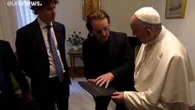 Csúcstalálkozó: magánaudiencián fogadta Ferenc pápa Bonót – videó