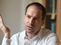 Krekó Péter szerint a politikusok hibája is, hogy sok a járványtagadó