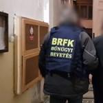 Itt a videó a tizenévesekről, akik a tüzet okozhatták a Ráday utcai kollégiumban