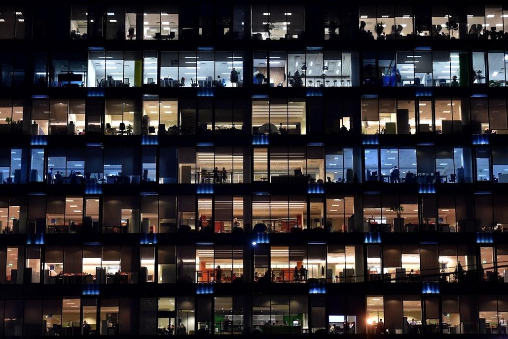 afp. hét képei - 2014.12.15. Moszkva, Oroszország, irodai dolgozók