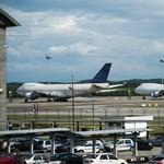 Valaki elhagyhatott három Boeing repülőgépet