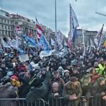 Jogellenesen hozta nyilvánosságra az Origo a rabszolgatörvény elleni tüntetések szervezőinek nevét