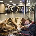 Orvosok után társadalomkutatók is csatlakoztak a hajléktalanok kriminalizálása elleni tiltakozáshoz