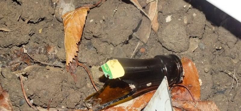 Törött sörösüveggel esett a barátnőjének egy férfi Dunaújvárosban