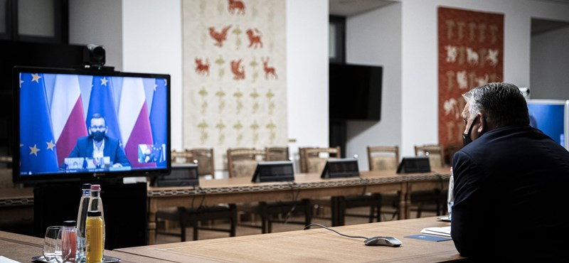 Orbán Viktor videokonferencián egyeztetett a járvány kezeléséről