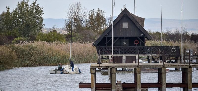 Videóban mutatják be, milyen jó lesz a Fertő tóra tervezett NER-közeli fejlesztés