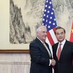 Amerikai egyelőre mégsem fegyverrel akarja megrendszabályozni Kim Dzsong Unt