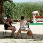 A balatoni strandolás kiforgatja a családot a vagyonából