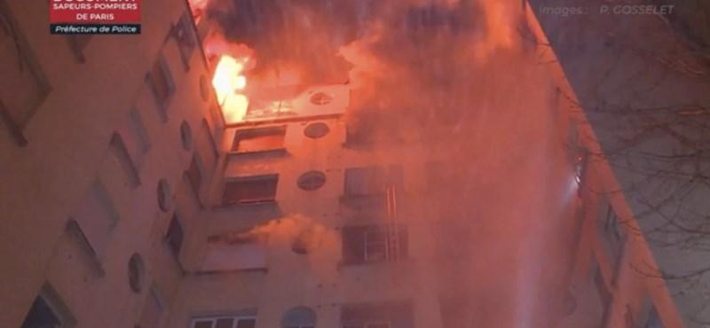 Nyolcan meghaltak egy kigyulladt párizsi lakóházban, gyújtogatásra gyanakodnak
