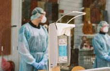 Újabb korlátozásokat rendeltek el Ausztriában, kötelező lesz a boltokban maszkot hordani