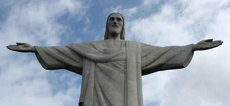 Kétmillióan követelik, hogy vegye le a Netflix a meleg Jézusról szóló komédiát