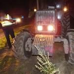Üldözéses tanyasi akció: Traktorral menekült a rendőrök elől