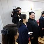 Rózsaszín kanapékkal pakolták tele Kim Dzsong Un zöld vonatát