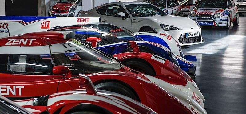 Már a fotókért érdemes megnézni a Toyota LeMans-i versenyautóit