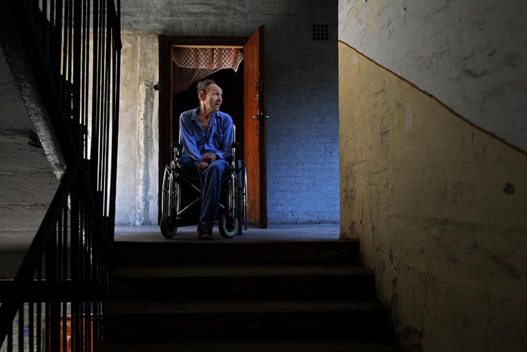 Megkezdődött a Dzsumbuj néven elhíresült Illatos úti szegénytelep bontása, de a kiürítés még korántsem teljes: több mint száz komfort nélküli lakásban a mai napig laknak.