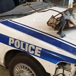 Időutazás: körbefotóztuk a szeptember 11-i terrortámadásokban megsérült rendőrautót