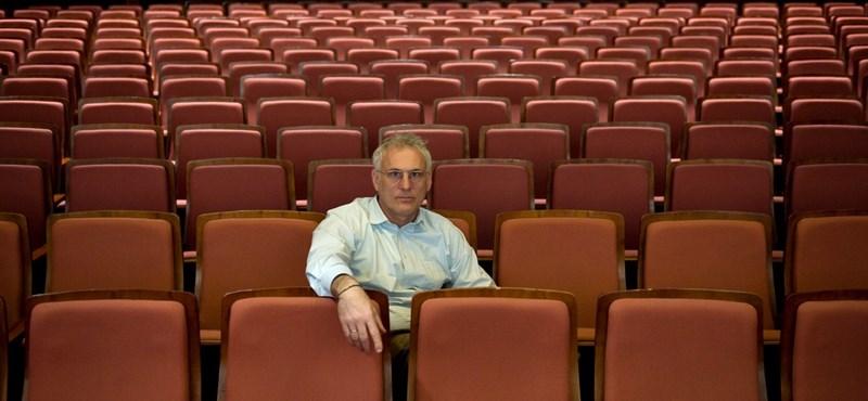 Miért vesz színházat Puskás Tamás?