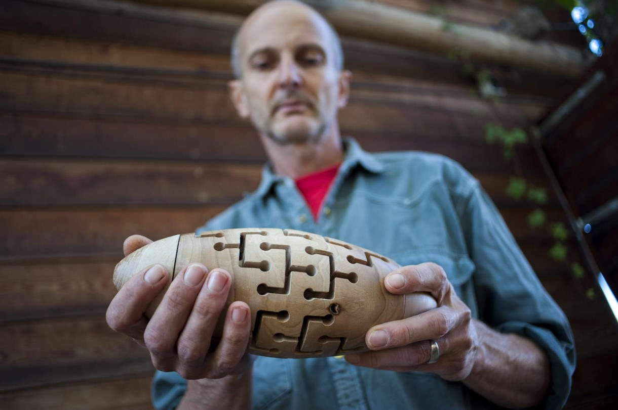 Fotók: díjnyertes logikai játékot talált fel egy magyar férfi