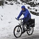 Esik a hó Miskolcon