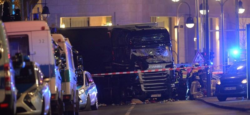 Terrortámadás, 9 halott: a Facebook ismét bekapcsolta a legszomorúbb funkcióját
