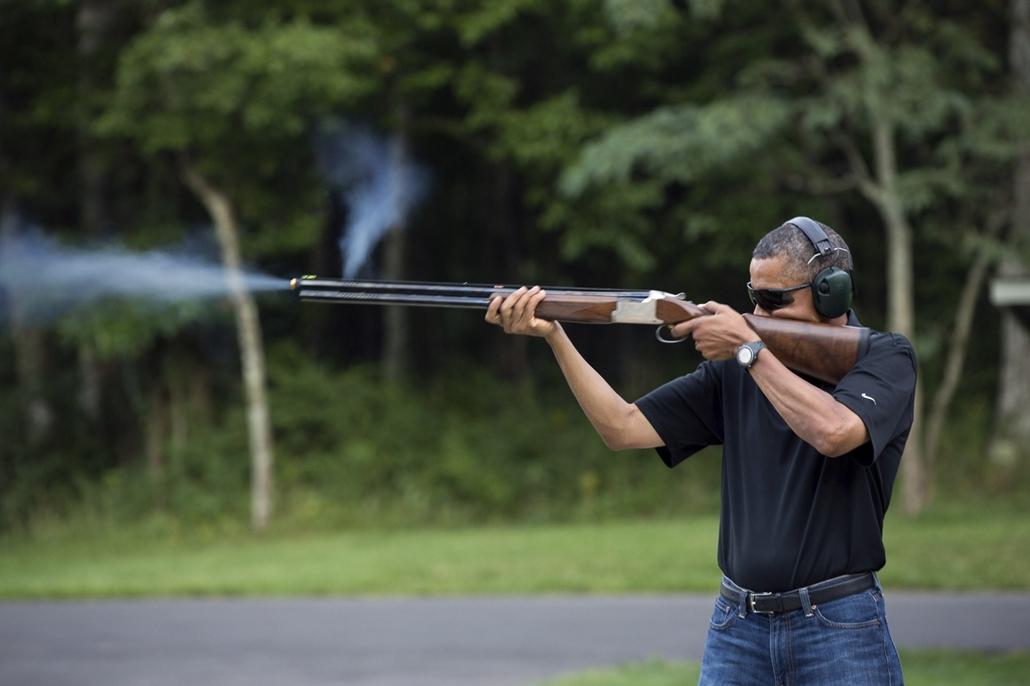 lehetőleg ne - flickrCC_! - 12.08.04. - Camp David, Maryland, USA: Barack Obama a Camp David-i katonai támaszponton 2012. augusztus 4-én. - Barack Obama nagyítás