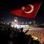 Gülen testvérét már elfogták a török rendőrök