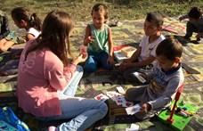 Hatalmas társasjátékpartival segítenének a borsodi gyerekeken