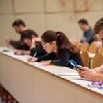 Elindult a középiskolai felvételi, a diákok már írják a központi feladatsort