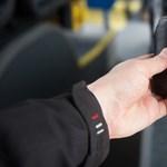 Videón az első elektronikus jegyrendszerrel felszerelt busz. De mikor használhatjuk?