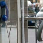 Bealkonyul a telefonfülkéknek Franciaországban is?