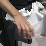 Az IKEA is dobja az egyszer használatos műanyagokat