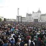 Kialakult a centrális ellenzéki erőtér, és mindenkit nehéz helyzetbe hoz
