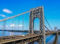 Bombariadó miatt lezárták New York egyik hídját