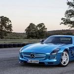 Kikerülhet a V8-as motor a Mercedes AMG-ből, készülhet az elektromos változat