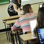 Majdnem 12 ezerrel csökkent a pedagógusok száma, itt vannak a legfrissebb adatok