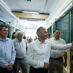 Nagy István lovakat simogatott, majd megdicsérte Mészáros Lőrinc stadionját Szilvásváradon
