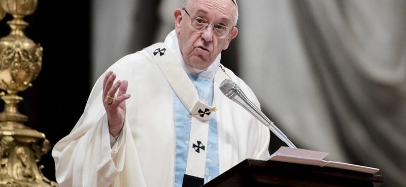 Ferenc pápa: Fogadjunk be annyi menekültet, amennyit csak el tudunk helyezni