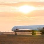 Különleges repülőgép landolt ma Budapesten – fotók