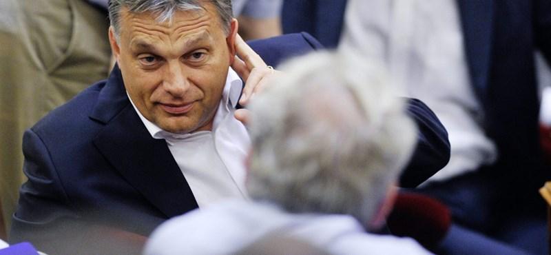 Orbán: minden egyetemistának fizetnie kell a diplomáért