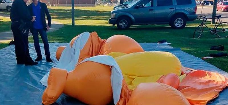Leszúrták a világhírű Baby Trump óriáslufit