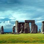 Megszólalt a lelkiismerete, visszaadta a Stonehenge egy darabját