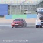 BMW 1M egy versenykamion ellen – ez az igazán jó móka – videó