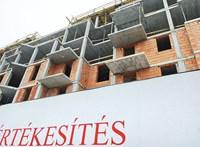 Több pénz reményében csúsztatják a kivitelezést az ingatlanfejlesztők