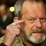 Zöld utat kapott Terry Gilliam, a rendező a kertjéből üzent rajongóinak