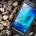 Katonai tűrőképesség: új telefont jelentett be a Samsung