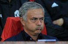 Kirúgta Mourinhót a Manchester United