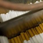 Dohánykereskedők: Csaknem ezer munkahelyet áldoznak be Orbánék
