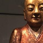Folytatódik a lopott Buddha-szoborba bújt szerzetes zűrös útja