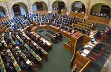 Vendégmunkások, török és magyar gazdasági sikerek, szexualitás az alaptantervben – záporoznak a kérdések a Parlamentben