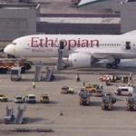 Kigyulladt egy Dreamliner a Heathrow reptéren - fotók